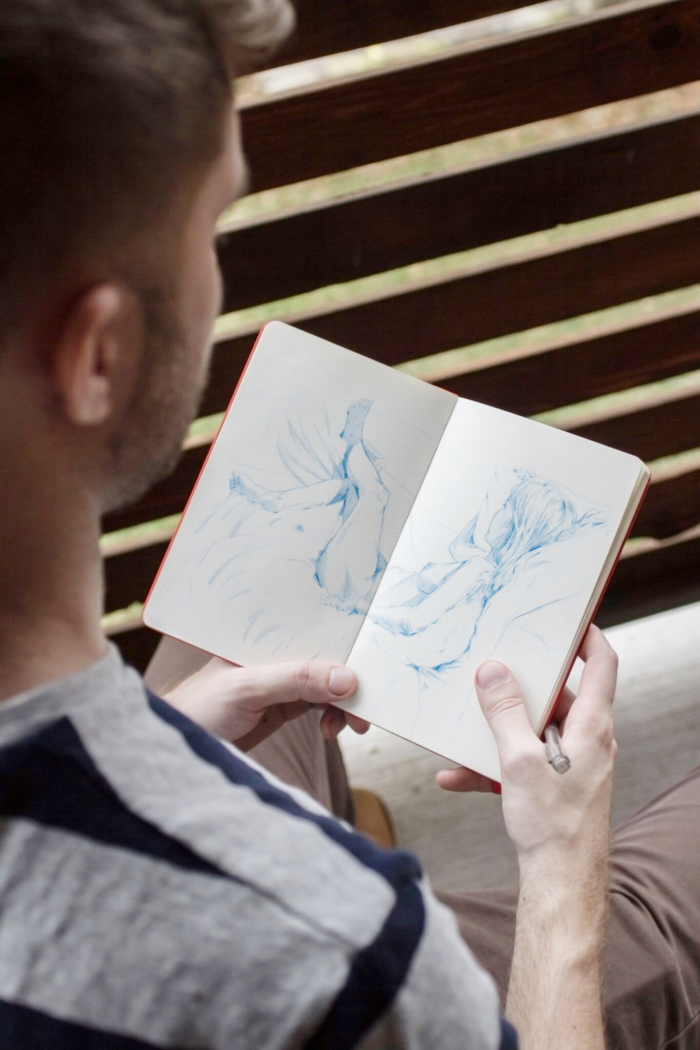 Here's Why Customers Buy Artwork Featuring People They Don ...